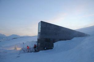 Sauvegarde des archives du monde au Svalbard