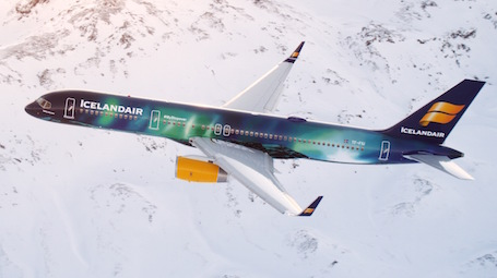 boeing 757-200 d'icelandair en vol