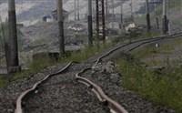rails de chemin de fer après fonte du permafrost
